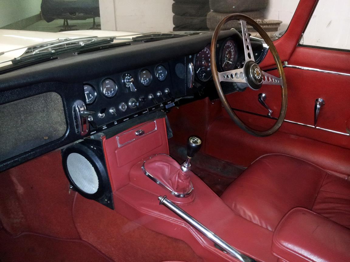 O Upholstery Wood Restoration Classic Car Clinic O